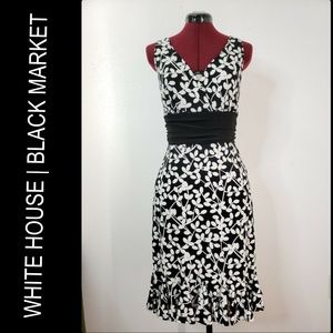 White House Black Market Woman Sleeveless Dress